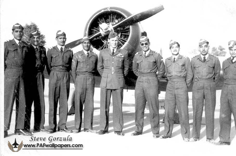 gorzula_rpaf_1949_polish_officers_royal_pakistan_airforce_02.jpg